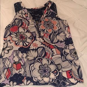 Floral Express sleeveless top size Large